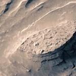 Éjszakánként hóviharok dúlnak a Marson
