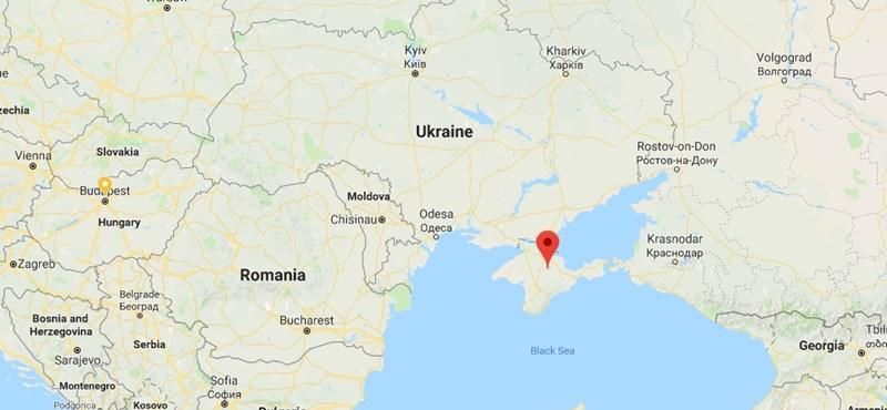 Orosz harci repülő zuhant le a Krím közelében