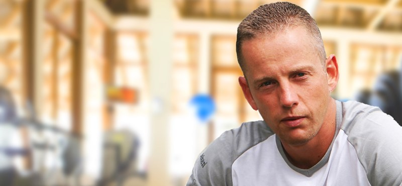 Schobert Norbert súlyosan vádol, aztán lájkokat és megosztásokat kér a Facebookon