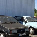 Fotók: Találtak egy elhagyott, kocsikkal teli Lada-kereskedést
