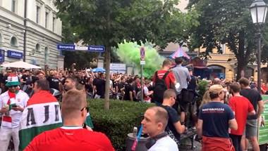 Így vonulnak a magyar szurkolók Münchenben – élő videó