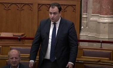 A Fidesz-KDNP szerint Soros erőszakos utcai megmozdulásokat szervez