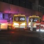 Rendőrök mentettek ki egy beteget a Szent Margit Kórház lángoló kórterméből