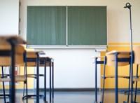 60 millió forinttal tartoznak a Baranya megyei pedagógusoknak
