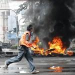 Tűzszünetet ajánlott a vörösingesek egyik vezetője