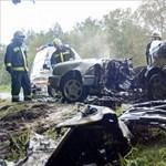 Eltakarították a súlyos baleset romjait a 82-esen