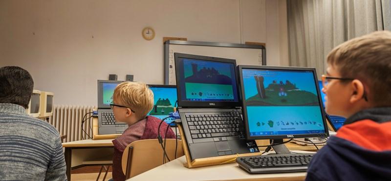 Nagy esélyt jelent a gyengénlátó magyar gyerekeknek, hogy most kódolni tanítják őket