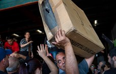 Visszatartott segélyszállítmányokra bukkantak a helyiek egy Puerto Rico-i raktárban