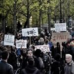 """""""Orbán orosz szuronyokra építi hatalmát"""" - a moszkvai befolyás ellen tüntettek"""