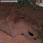 Műholdképeken látni, hogy lángolnak az olajmezők az Iszlám Állam utolsó bástyájánál