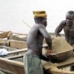 Kína miatt veszthetik el megélhetésüket a homokkereskedők