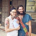 Kisfiút szült egy transznemű férfi