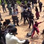 Tömegverekedések kísérik a tandíjellenes tüntetéseket Johannesburgban - videó