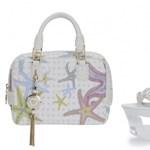 Az óceánok élővilága inspirálta a Versace 2012-es cipőit és táskáit