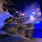 Lopott tankkal randalíroztak részegen egy lengyel városkában - videó