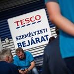 Egy év múlva nem lesz olyan magyar Tesco-dolgozó, aki 289 ezernél kevesebbet keres