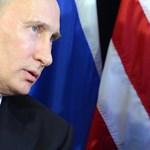 Putyin orosz örömlányokkal dicsekszik és Obamától félti Trumpot