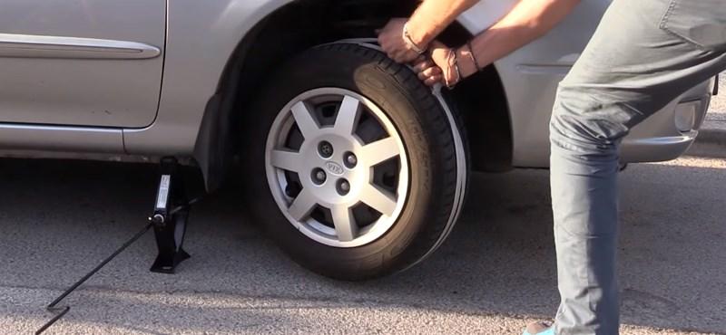 Így indíthatja be az autót egy kötél és egy emelő segítségével
