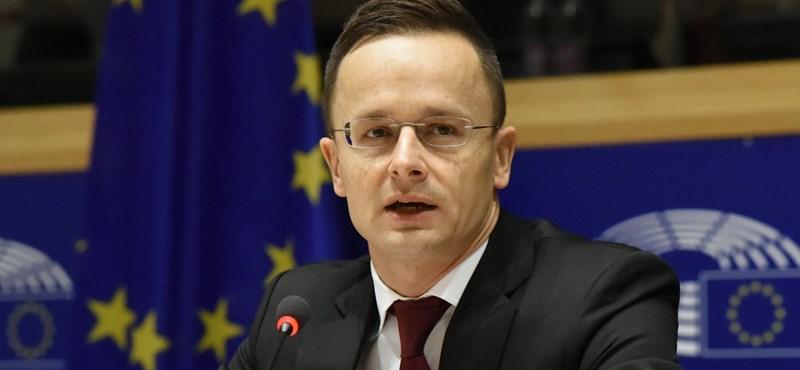 Szijjártó megint visszaszólt az Orbánt lerasszistázó ENSZ-főbiztosnak