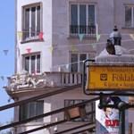 Jót nevettek a budapestiek a metróterveken – videó