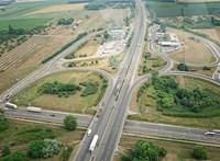 Baleset miatt lezárták az M5-ös autópályát Budapest határában