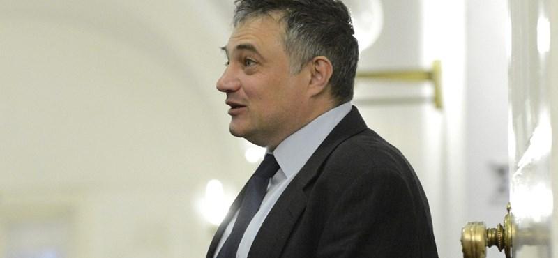 Fideszes kerületben szerezhet nyomott áron ingatlant a DK képviselője