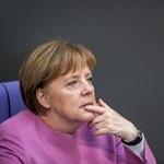 Merkel nyíltan beszélt az európai szélsőjobb orosz kapcsolatairól