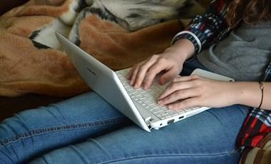 Így szerezhetitek be ingyen a kötelező szakirodalmakat: adatbázisok egyetemistáknak