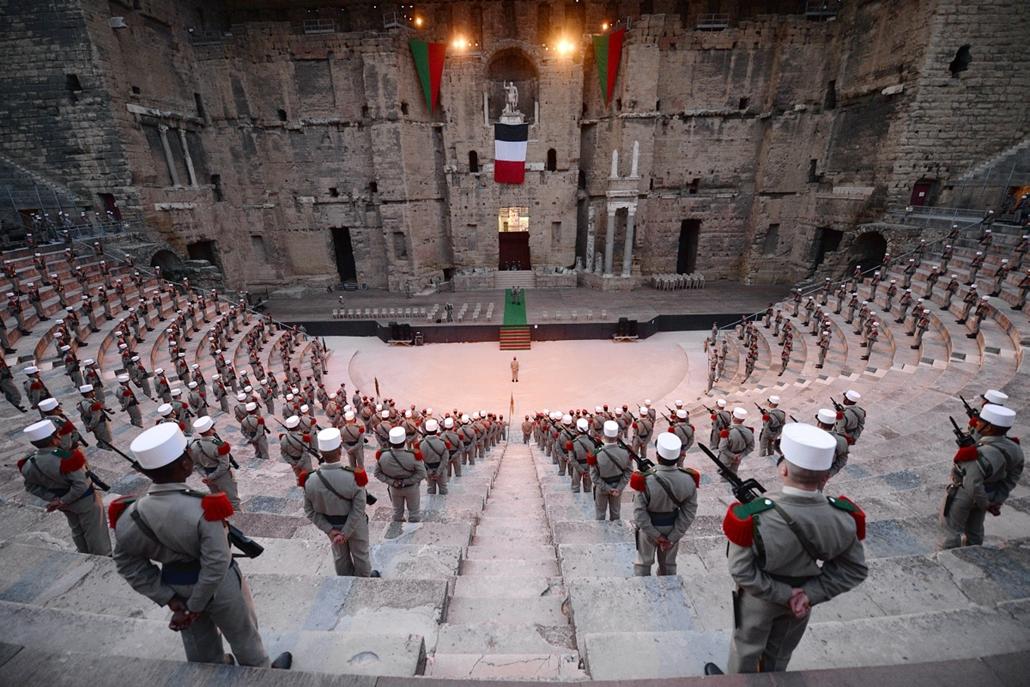 afp.14.04.29. - Orange, Franciaország: a francia Idegenlégió 1. idegen lovassági ezred