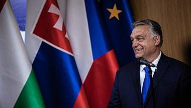 Orbán és Kurz most még keménykedik, de kedvükben jár Brüsszel a menekültek ügyében