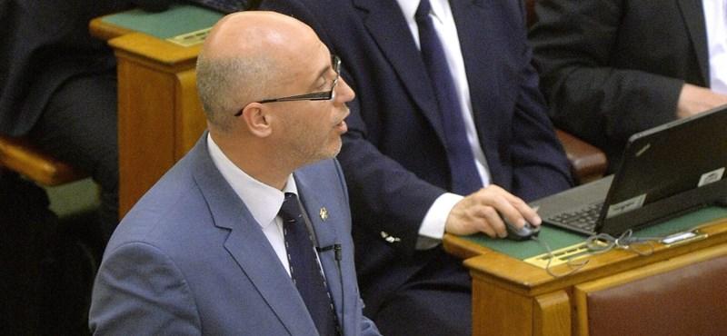 A korábbi pártelnök irányítja az MSZP választási felkészülését
