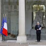 Párizs befenyíti Teheránt