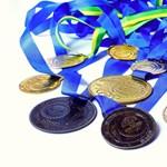 Hatalmas siker több tantárgyból: így gyűjtöttek érmeket a magyar diákok világszerte