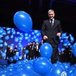 Tolvajozta Orbánt, majd önfeledten lufizott Gyurcsány a DK kampánynyitóján
