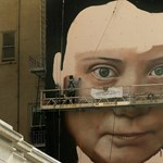 Gigantikus Greta Thunberg őrzi San Franciscót