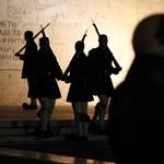 Újra könnygázt vetettek be az athéni tüntetők ellen