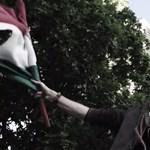 Tüntetett a Fidesz ellen, bírsággal fenyegetik nem létező civil szervezete miatt