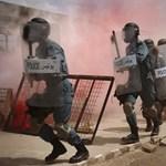Gránátokkal támadtak a tálibok afgán rendőrségi posztokat