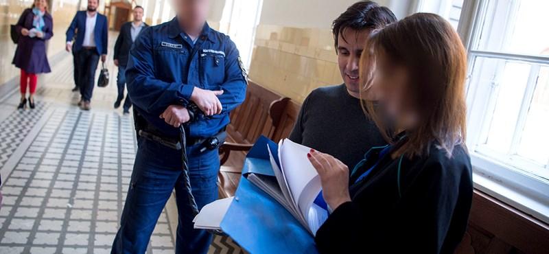 Meghosszabbították Czeglédy letartóztatását
