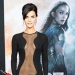 Rekordot döntött dekoltázsával a Thor színésznője – fotók