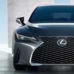 Új külsővel érkezett meg a felfrissített Lexus IS