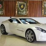 Íme, egy 2 millió dolláros Aston Martin – fotók