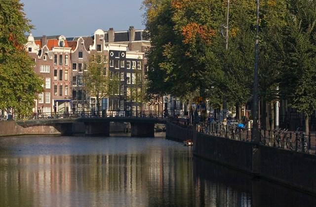 Csatorna Amszterdamban