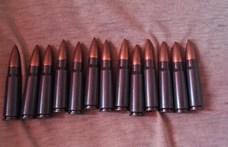 Rakétalövedékeket és könnygázgránátot is tartott otthon egy székesfehévári férfi