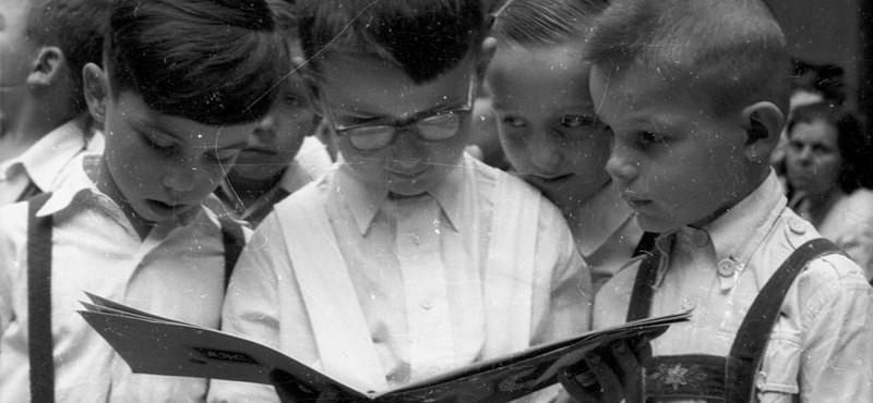 Jobban teljesítenek az iskolában azok a diákok, akik naponta olvasnak könyvet