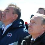 Nálunk határvadászokat toboroznak a kerítéshez, az oroszok űrhajósokat a Holdra