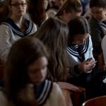 Ilyen vizsgák várnak több tízezer érettségizőre: itt az e heti menetrend