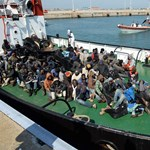 Csúsztat a menekültekről a kormányközeli intézet