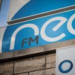 Botrányban született, úgy is múlik el a Neo FM