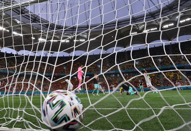 Lewandowski folytathatja a gólgyártást, vezér nélkül a spanyolok és a svédek